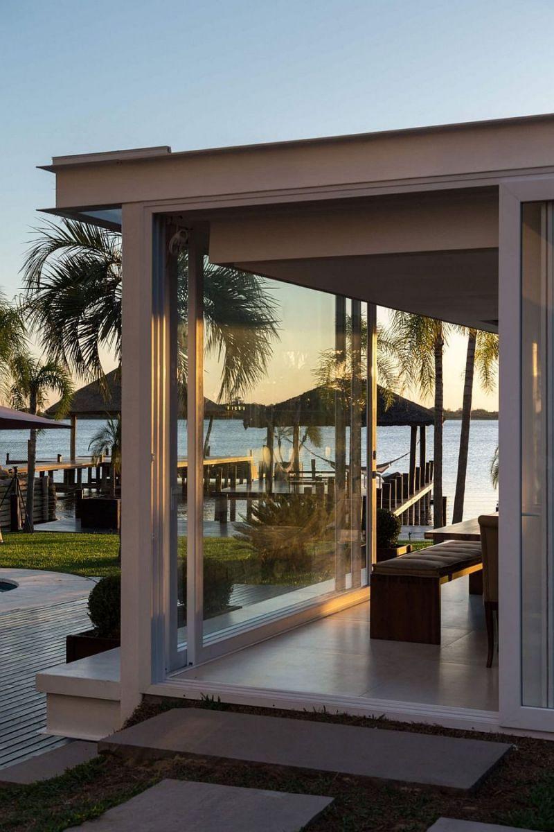Description: 121 Biệt thự hiện đại với phong cảnh bờ hồ tuyệt đẹp tại Brazil qpdesign