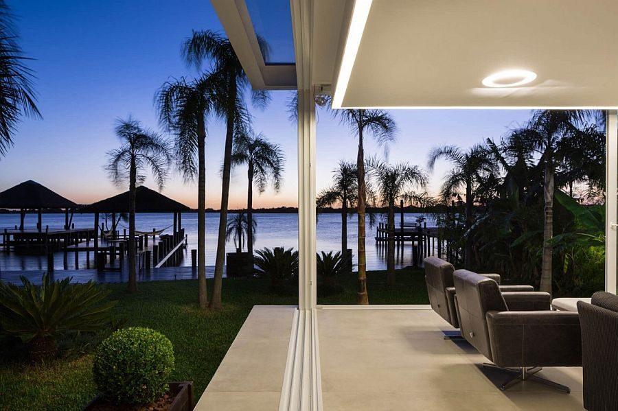 Description: 131 Biệt thự hiện đại với phong cảnh bờ hồ tuyệt đẹp tại Brazil qpdesign