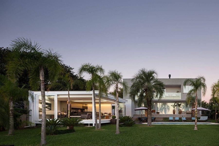 Description: 18 Biệt thự hiện đại với phong cảnh bờ hồ tuyệt đẹp tại Brazil qpdesign