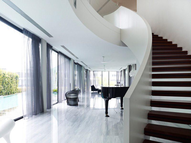 Description: 13 cove grove 271215 09 Ngôi nhà hiện đại và tiện nghi với hình dáng chiếc BOOMERANG qpdesign